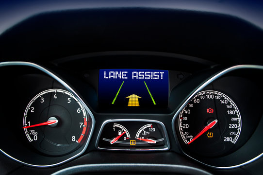 Speedometer with display message lane assist