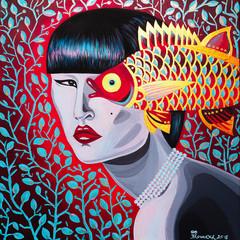 Dipinto rosso bella donna giapponese con pesce dorato