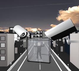 Gesellschaftskritisches Motiv zum Thema Überwachung: Frau im Glaswürfel umgeben von Überwachungskameras