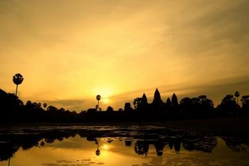 アンコールワットの夜明け、カンボジア