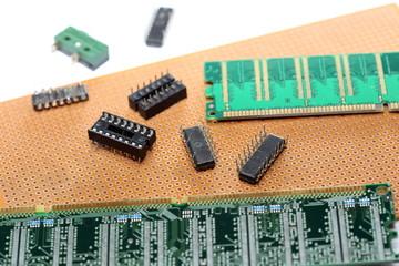 platinen und ic-schaltkreise