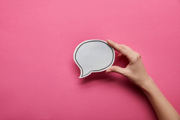 top view of empty white speech bubble on pink background Fototapete