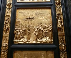 Puerta del Paraíso, la puerta este del Baptisterio de Florencia.Se encuentra ubicada frente a la catedral de Santa María del Fiore. Es obra de Lorenzo Ghiberti.