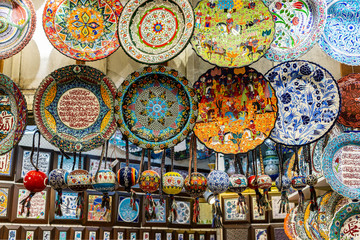 Pottery in the grand bazaar of Istanbul, Turkey