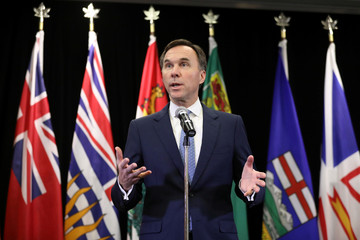 Canada's Finance Minister Bill Morneau speaks during a news conference following a meeting in Ottawa