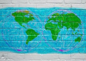 Street art, planisphère en projection de Mercator