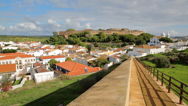 General view of Castro Marim village with the castle and the church in the background, Castro Marim, Algarve, Portugal