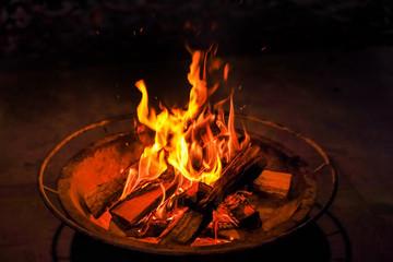焚き火の夜 Quiet bonfire outdoors