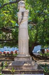 buste dégradé de Leconte de Lisle, Saint-Denis, île de la Réunion