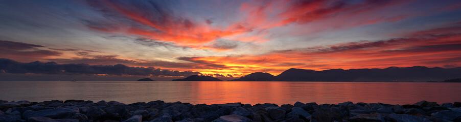 Foto op Aluminium Zee zonsondergang Sunset at the Sea - Gulf of La Spezia Italy