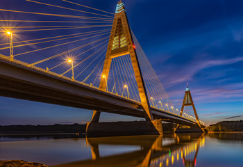 budapest highway bridge