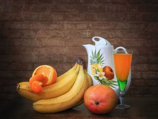 S till life with fresh fruits and juce