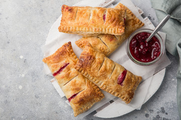puff pastry stuffed with berries Fototapete