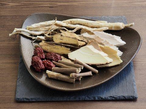 아시아 전통 한약, 한방재료