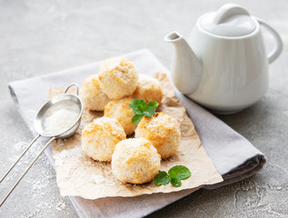 Sweet coconut cookies