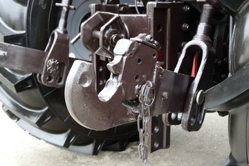 Picture of tractor hitch.