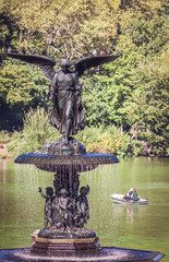 The Bethesda Fountain overlooking The Lake, Central Park, New York City, USA