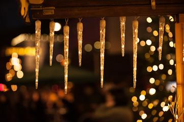 Weihnachtliche Lichterkette mit Bokeh