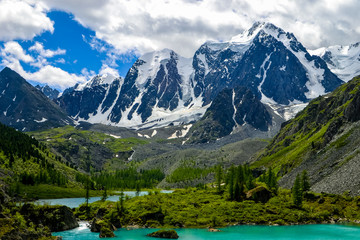 Keuken foto achterwand Alpen Altai. Shavlinskoe lake - the pearl of Altaimountains Dream, Beauty and fairy Tale