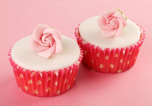 PINK FLOWER CUPCAKE  CLOSE UP FOOD IMAGE