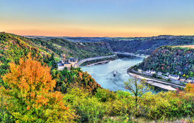 View of Katz Castle and the Rhine in autumn. Germany Fototapete