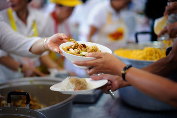 Donate Food with Love and Hope to the Poor : The Concept of Food Sharing