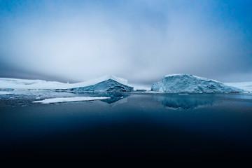 Glacier on Arctic Ocean in Greenland Fototapete