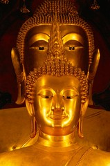 Twin Buddha images, the front is Phra Buddhachinnasi over 600 years old, in Wat Boworniwet in Bangkok, Thailand, Asia
