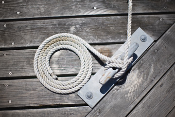 Rope around an anchor.