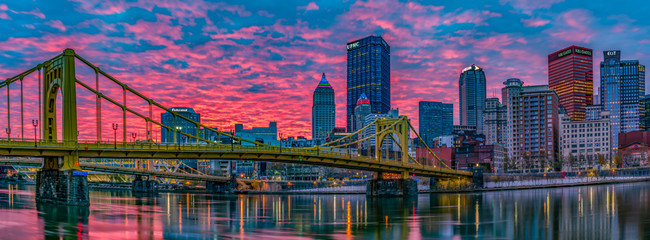 Good morning Pittsburgh Panorama from the North Shore
