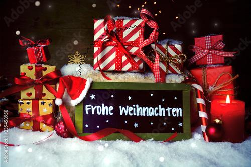 Grüße Frohe Weihnachten.Weihnachtsgeschenke Mit Gruß Frohe Weihnachten Stock Photo And
