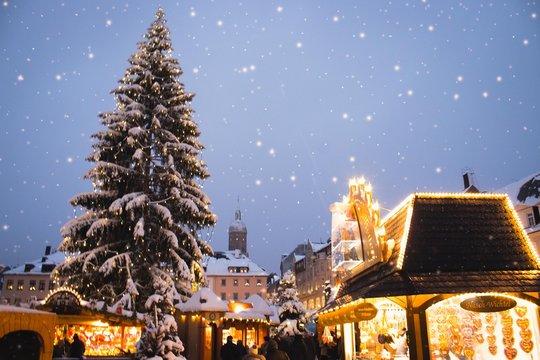 Winterlicher Weihnachtsmarkt