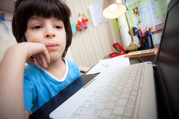 distance learning, preschool child with computer