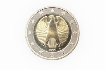 Euro Münze 2004 Deutschland 2 Euro Rückseite auf weißem Hintergrund