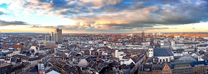Luftbildaufnahme der Stadt Bonn mit Stadthaus Fototapete