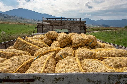 potatoes truck