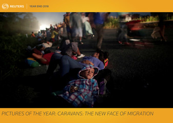 Pictures of the Year: Caravans: the new face of migration