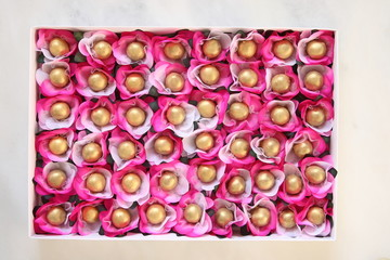 golden wedding sweets
