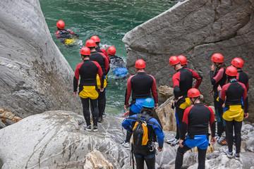Canyoning - beliebte Erlebnissportart bei jung und alt