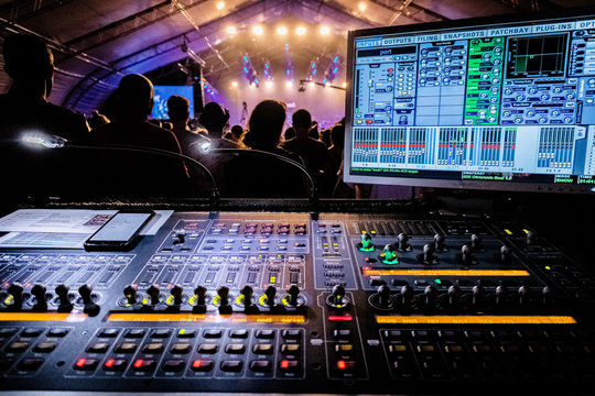 concert mixer