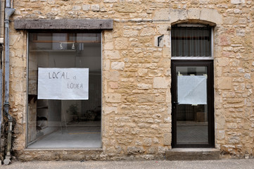 Shop to let