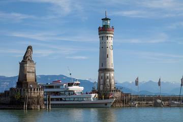 Lindau Bodensee Hafen Einfahrt
