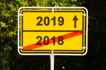 turn of the year 2018, 2019 sign
