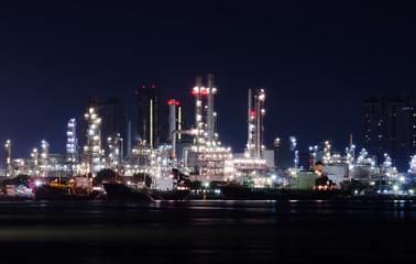 Oil refinery Chao Phraya River