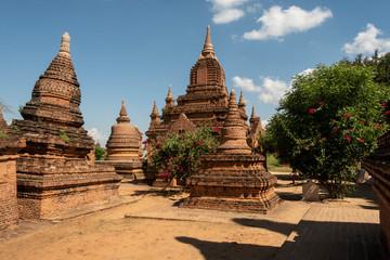 Parque arqueolàogico de los antiguos templos y pagodas de Bagan. Myanmar