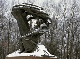 Warszawa, Łazienki, pomnik F. Chopina