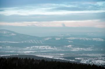 Foto op Plexiglas Heuvel Winter landscape on top of the mountains