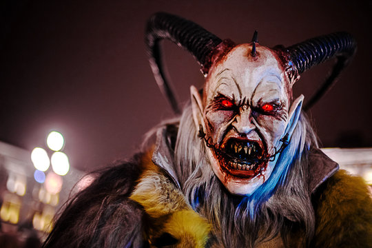 krampus masks to trieste by night