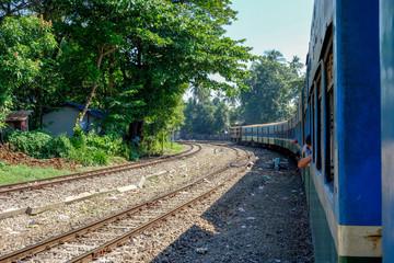 ミャンマー  ヤンゴン環状線