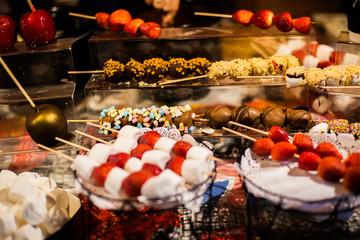 Dulces en una mesa
